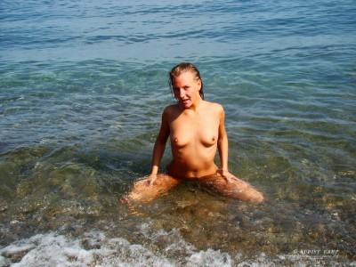 Пляжные девочки
