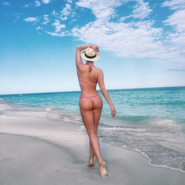 Татьяна Котова. На пляже